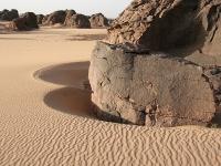 Sand und Fels